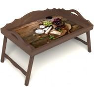 Столик для завтрака в постель «Вечер пятницы» с 3-мя фигурными бортиками цвет орех